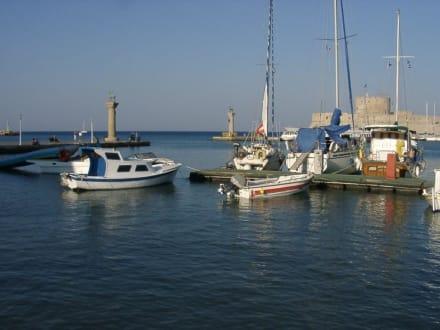 Hafen von Rhodos - Yachthafen Mandraki