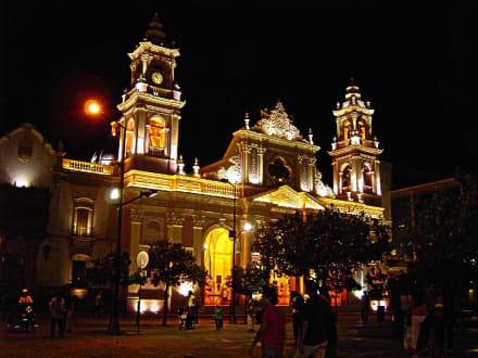 Nachtaufnahme der Kathedrale von Salta - Kathedrale von Salta