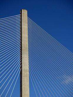 Pylon der Centennial Bridge - Panamakanal