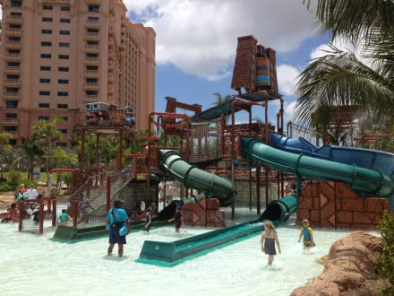 Amusement Park - Nassau Aquaventure Water Park