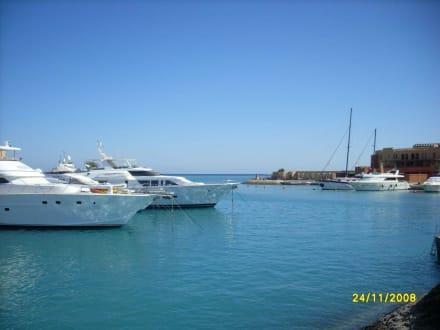 Marina - Hafenanlage - Hafen Abu Tig Marina