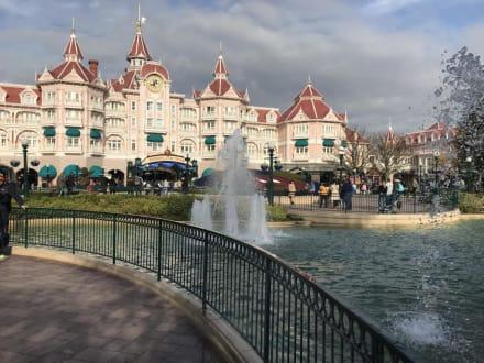 Eingang - Disneyland Resort Paris / Euro Disney