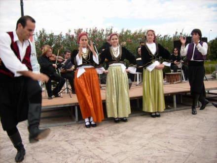 Folkloregruppe - Folklore-Darbietungen