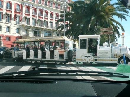 Die Stadt-Bimmelbahn in Nizza - Altstadt Nizza
