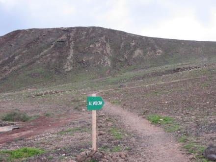 el Volcan - Vulkan Montaña Roja