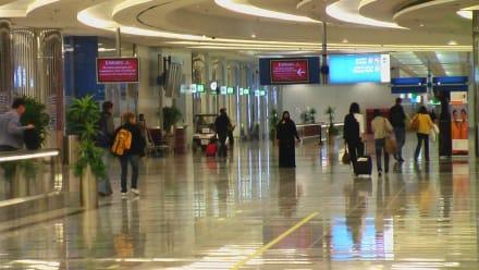 Ankunftshalle  - Flughafen Dubai (DXB)