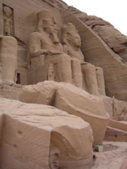 Ramses II - Tempel von Abu Simbel