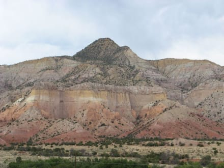 Unweit des Echo Amphitheaters in New Mexico - Echo Amphitheater New Mexico