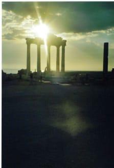 Apollo-Tempel im Sonnenuntergang - Apollon Tempel