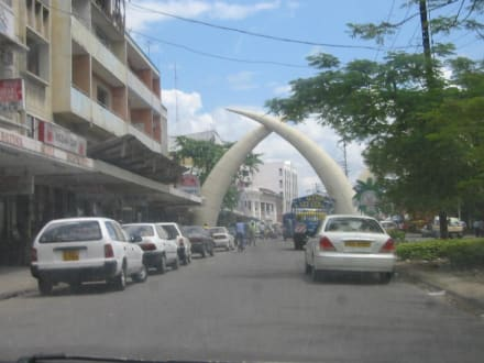 Tusks - Mombasa Wahrzeichen