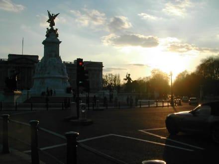 Sonnenuntergang am Buckingham Palace - Buckingham Palace