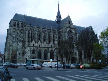 Kathedrale von St. Quentin - Kathedrale von Saint- Quentin