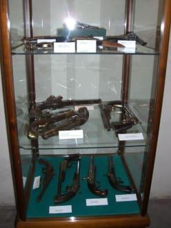 Diverse Handfeuerwaffen - Museo de la Arms