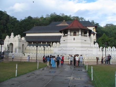 Tempel des Zahn in Kandy - Dalada Maligawa (Zahntempel)