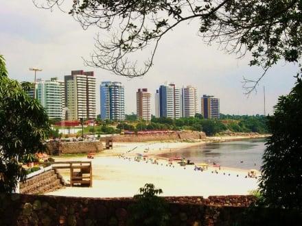 Blick über den Strand von Ponta Negra - Ponta Negra