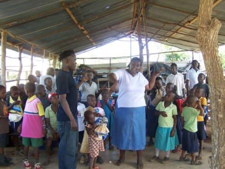 Abschied - Schule Ukunda