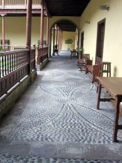 Balkonpflasterei - La Casa de los Balcones