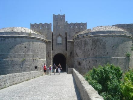 Eingang zur Altstadt - Stadtmauer Rhodos