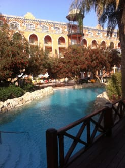 Poolanlage - Hotel Grand Resort