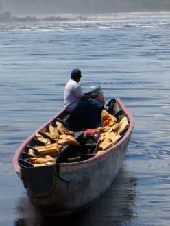 Boot in der Lagune - Wasserfälle von Canaima - Salto Sapo