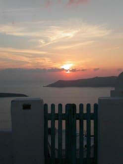 Untergang 4 - Sonnenuntergänge in Firostefani