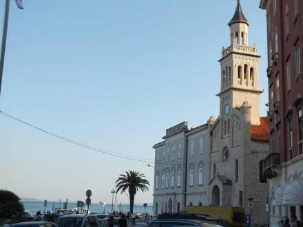 Am Yachthafen - Hafen Split