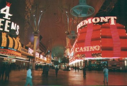 Freemont Street - Fremont Street Experience