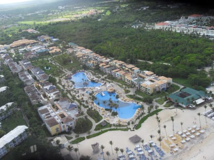 Riesiger Hotelkomplex - Helikopter-Rundflug Punta Cana