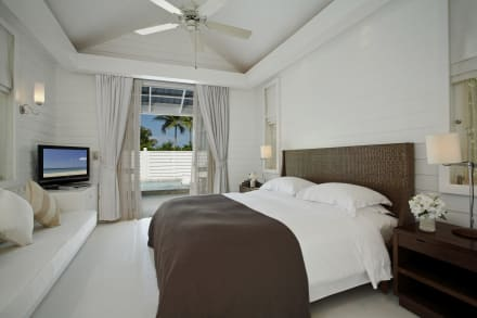 deluxe pool villa innen bild centara grand beach resort. Black Bedroom Furniture Sets. Home Design Ideas