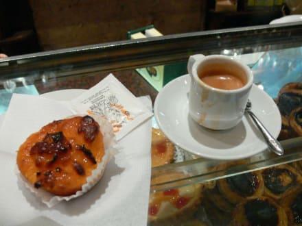 Kaffee und Kuchen - Cafe Brasileira
