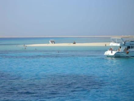 Tobi Island - Tobia Island