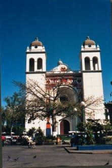 Die Kathedrale von San Salvador - Kathedrale von San Salvador