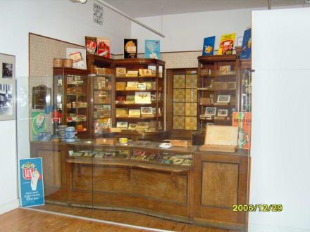 Ein Tabakwarengeschäft! - Dithmarscher Landesmuseum Meldorf