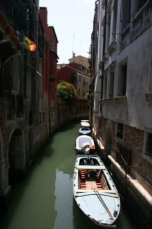 Venedig von der anderen, ruhigen Seite - Gondeln / Gondelfahrten in Venedig