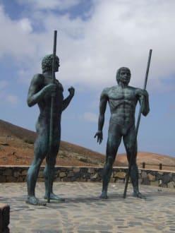 Die Könige von Fuerteventura Guize und Ayoze - Inselrundfahrt