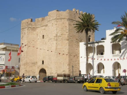Sonstige Gebäude - Tor Skiffa El Kahla