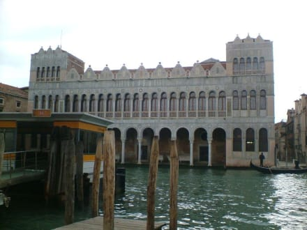 Sonstige Gebäude - Fontego dei Turchi - Fondaco dei Turchi