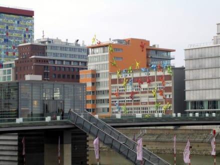 Invasion - MedienHafen Düsseldorf