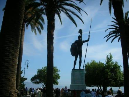 Statue des Achilles - Statue des Achilles