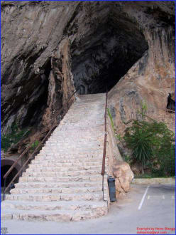 Treppe/Ausgang der Höhle - Höhlen von Arta/Cuevas de Artá
