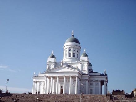 Cathedral - Dom und Senatsplatz