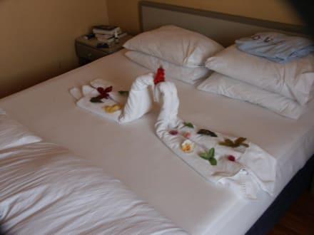 Zimmerdekoration vom zimmerm dchen bild linda resort for Zimmerdekoration