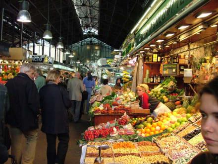 Marktreiben in Barcelona, Markthalle an der Rambla - La Boqueria - Mercat de Sant Josep