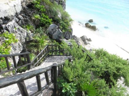 Baden erlaubt - Ruinen von Tulum