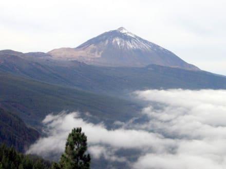 Der Teide bei der Auffahrt - Teide Nationalpark