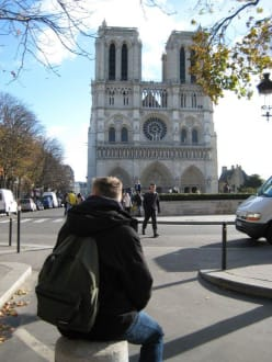 Imposantes Gebäude - Notre Dame