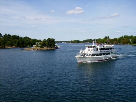 Tour durch 1.000 Inseln - 1000 Islands