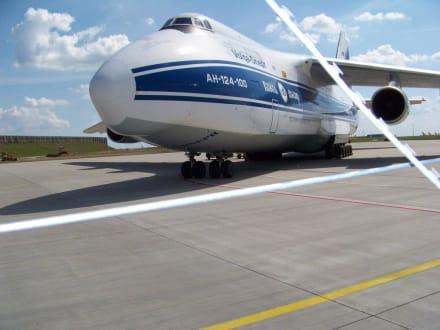 Flugzeugausstellung - Flughafen Leipzig/Halle (LEJ)