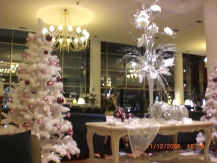 Weihnachtliche dekoration bild hotel grupotel playa de for Weihnachtliche dekoration
