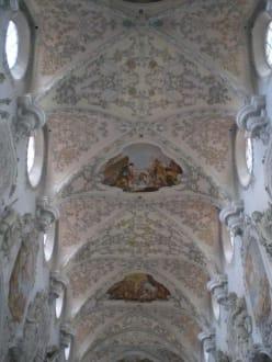 St. Georg ind Amberg - Barockkirche Sankt Georg